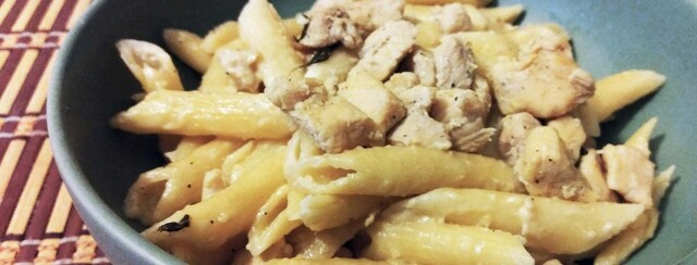 Penne Pasta in Alfredo Sauce and Chicken with White Wine image